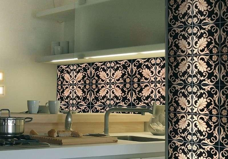 Pavimenti ceramica siciliana: piastrelle in ceramica decorate a mano